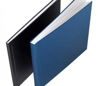 Sie möchten ein Buch binden lassen? Wir drucken und binden Ihre Bücher. Wir bieten zum einen Hardcover-Bindung und zum anderen Spiralbindung an.